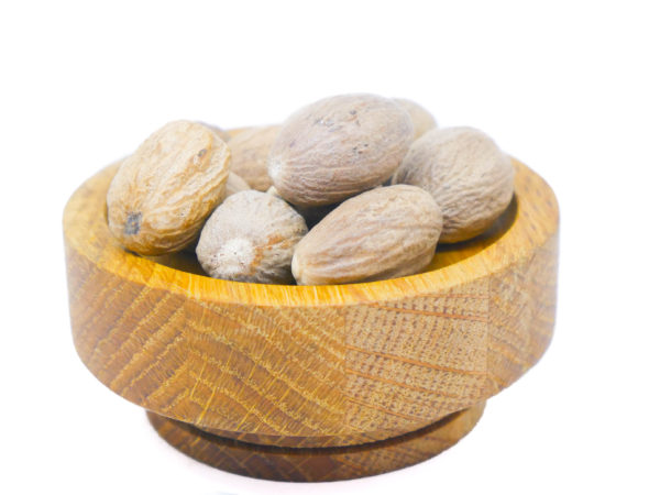 Whole Nutmeg from the Natural Spot
